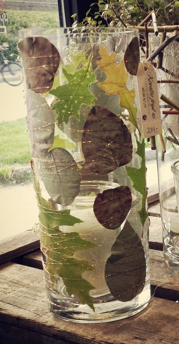 Høstlykt i blomsterbutikken Kreativ Fryd. Høstblader og kobbertråd.