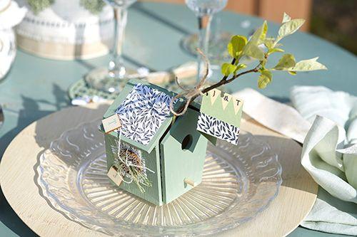 Ξύλινα κλουβάκια βαμμένα με χρώματα κιμωλίας και διακοσμημένα με χαρτιά Scrapbooking, λινάτσα και ξύλινα κοσμήματα !
