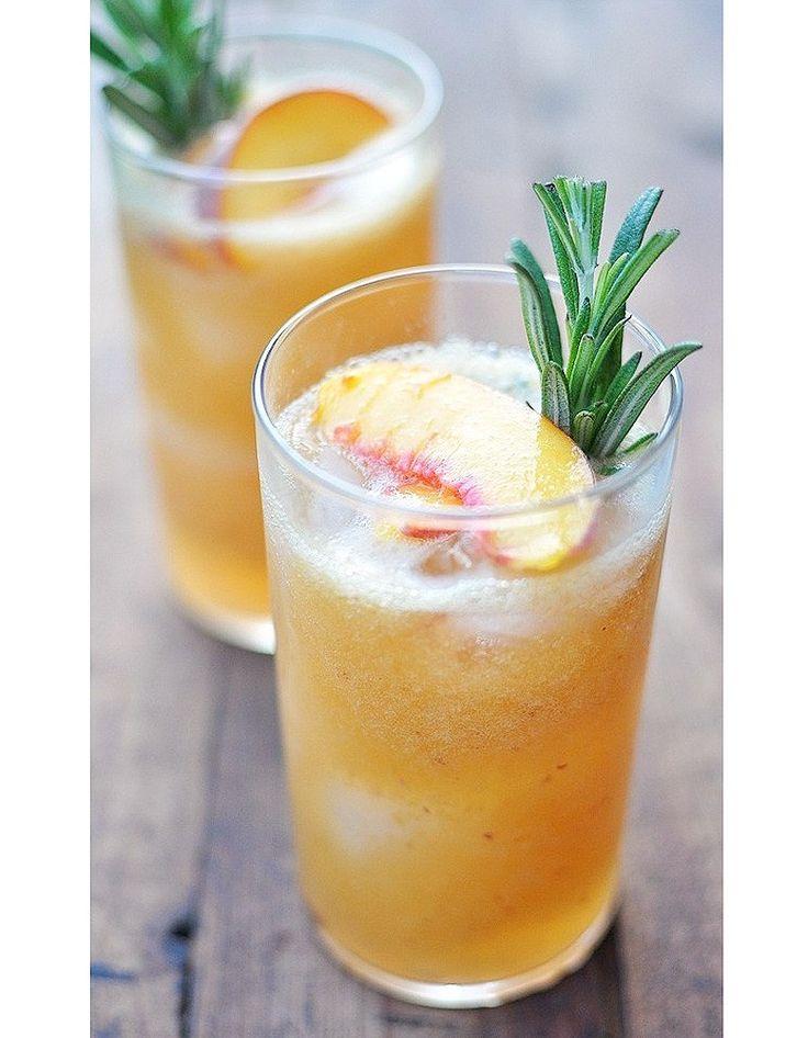 COCKTAILS SANS ALCOOL - Le plus vitaminé - jus de fruits rouges, jus d'ananas, jus de pêche, sirop de jasmin