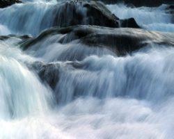 Tutto sul ciclo dell'acqua. In italiano.