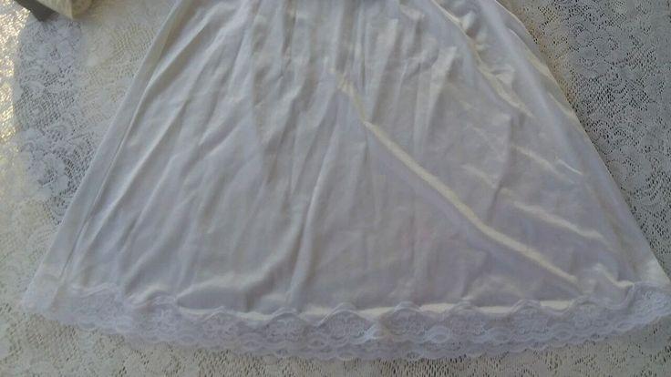 Ashley taylor half slip white large antron nylon #ashleytaylor #HalfSlips