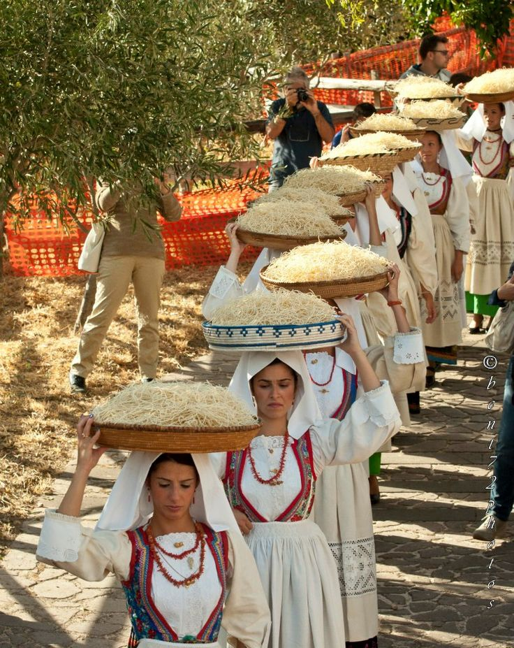 bent72photos #Sardinian #traditional #costume
