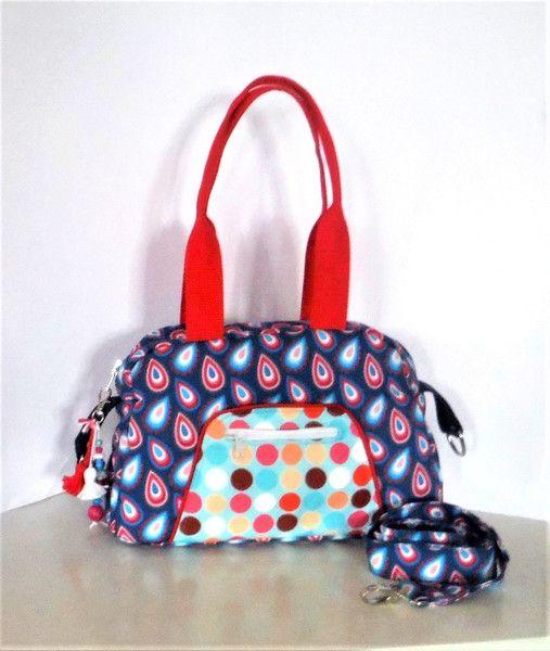 Schultertaschen - Tasche Wickeltasche Beauty Case - ein Designerstück von KiS-Ma bei DaWanda