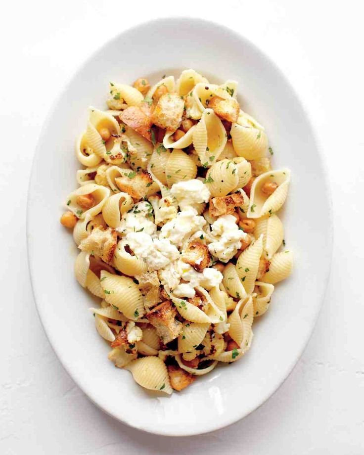 Shells with Roasted Cauliflower, Chickpeas, and Ricotta | Recipe ...
