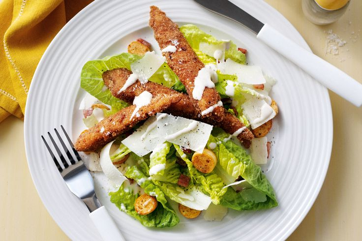 Keep your shopping ingredients to a minimum and enjoy this maximum-flavoured peppered chicken caesar salad.