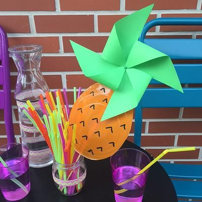 bykinanoe | Projet DIY / L'ananas a le vent en poupe / recyclage / upcycling Moulin à vent réalisé avec une assiette jetable en plastique