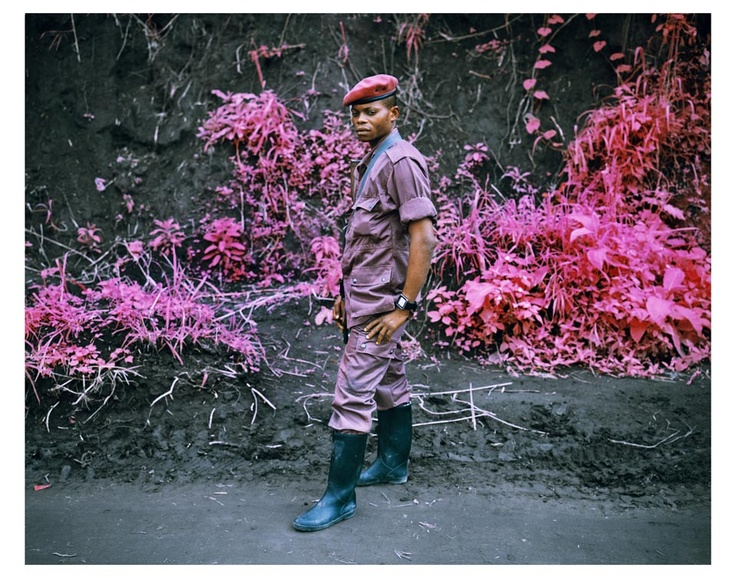 Shifting the Colors of War #photojournalism