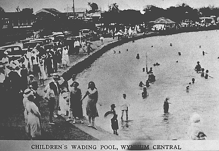 Google Image Result for http://minsmash.files.wordpress.com/2012/10/early-photo-wynnum_wading_pool.jpg