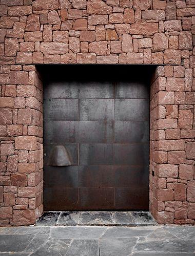 Studio KO - Villa E - Marrakech - ©Dan Glaser > Entrance Door
