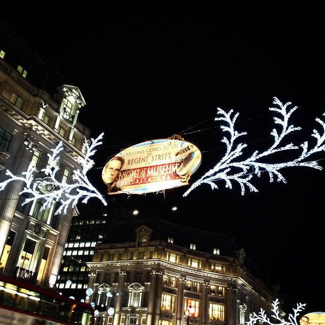 Share your #RegentStreet #Christmas moment for your chance to win a £1000 Regent Street Gift Card.