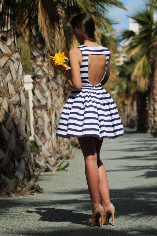 .i want this dress so bad
