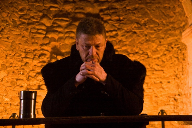 "Another tweet also appeared on March 25, 2013 from @roseman_alex ""Finished shooting a spectacular days shoot with great friends and colleagues for a #trailer for #Macbeth starring the legend @Sean Bean""      (pic source: http://www.facebook.com/roopesh.parekh)  many thanks!"