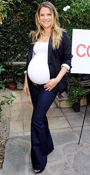 Need these Maternity jeans, like Ali Larter's dark denim trousers
