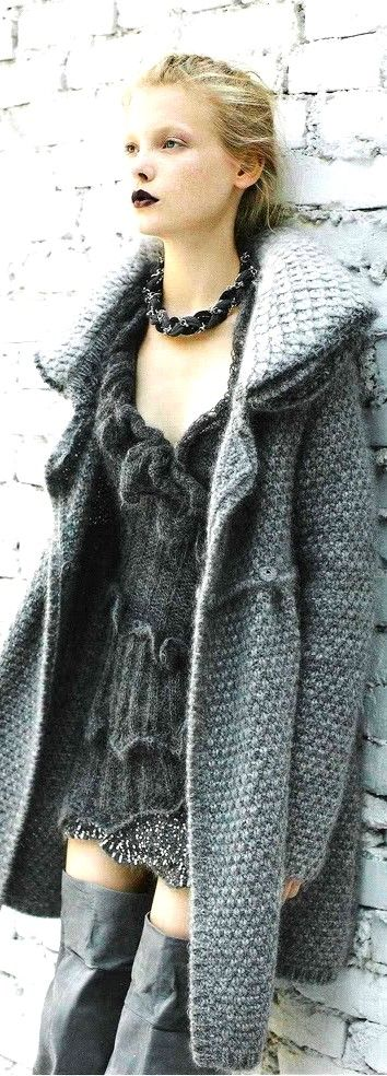 This look makes me wish i could jump forward to winter!