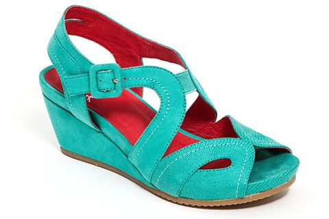 b1617c78df71e6 Loving this French Blu Teal Black-Jack Platform Sandal on