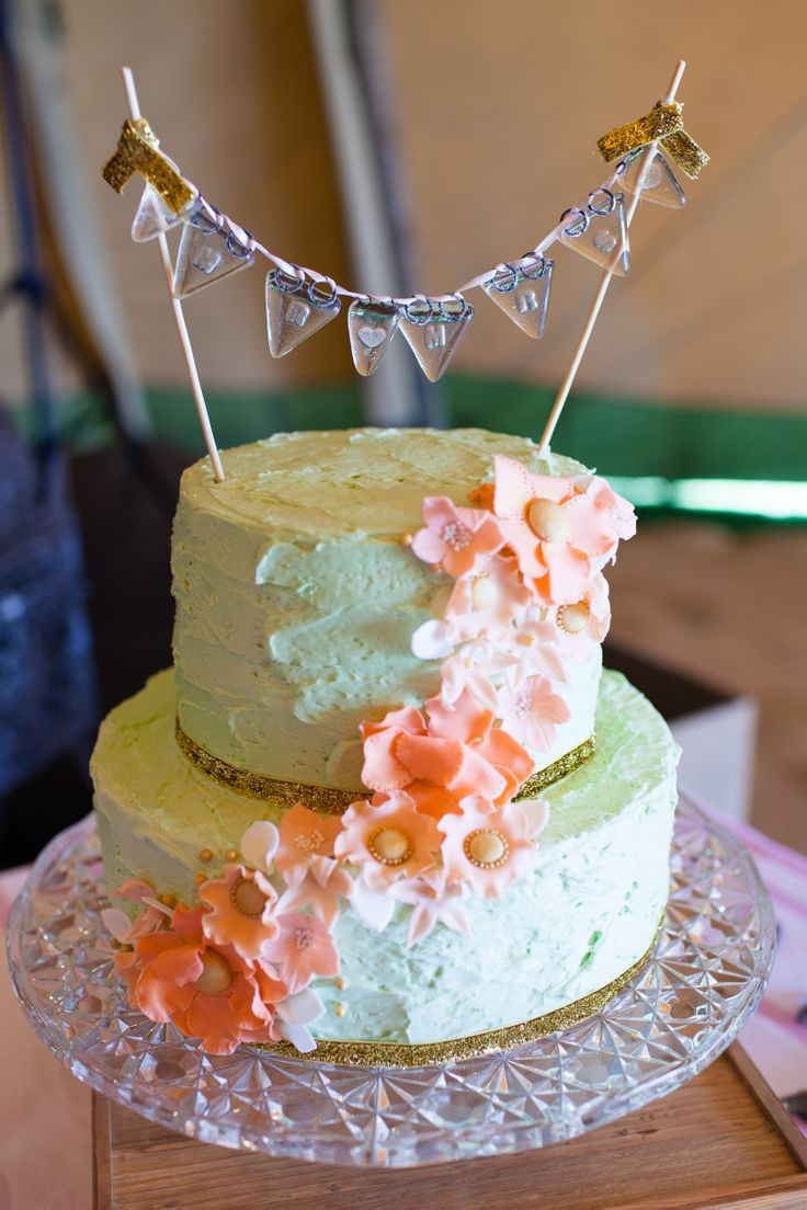 www.worldinspiredtents.co.uk festival themed Spring Open Weekend  Images courtesy of www.sarahlaurenphotography.com  Cakes by www.juicylucycupcakes.co.uk