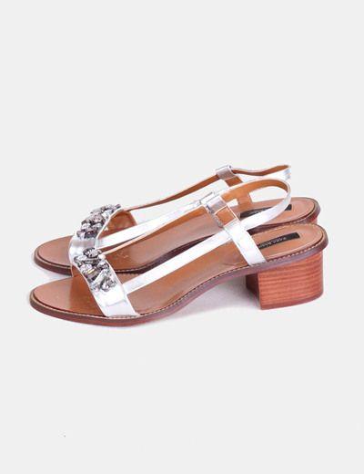 Sandalias plateadas de tacón  con piedras  Zara