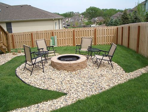 Backyard Patio Ideas for Small Spaces On a Budget : Modern ... on Outdoor Living Space Ideas On A Budget id=43991
