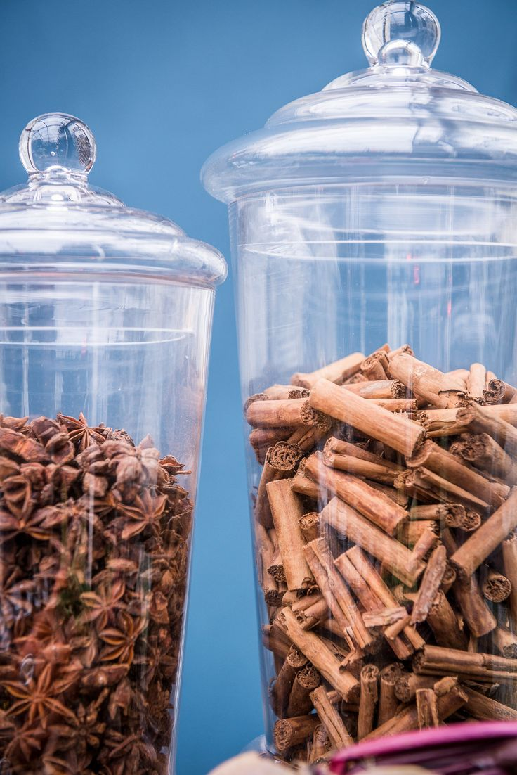 Deatils- Anis stars and Cinnamon sticks to dip in our selection of loose tea at Pitti Bimbo 2016 with Scotch and Soda Catering: #GuidiLenci www.guidilenci.com Photos #IuriNiccolai http://iuriniccolai.it/ All Rights Reserved GUIDI LENCI www.guidilenci.com