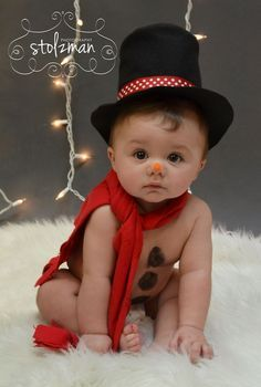 20 Ideas for Christmas Pictures with Babies – family photos