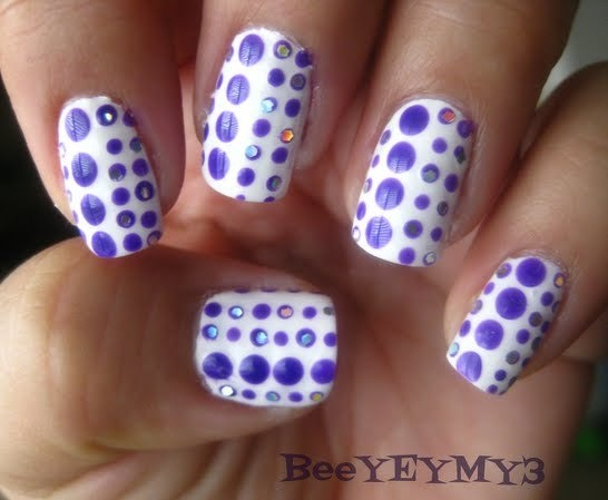 Purple Dots Nail Art