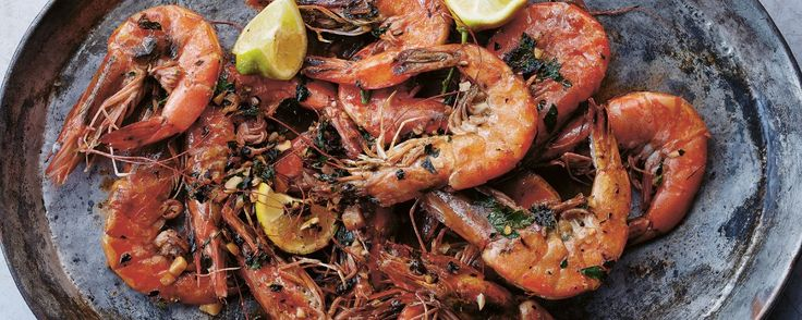 Roasted Prawns with Garlic, Parsley, Crushed Red Pepper Flakes & Lemon | MUNCHIES