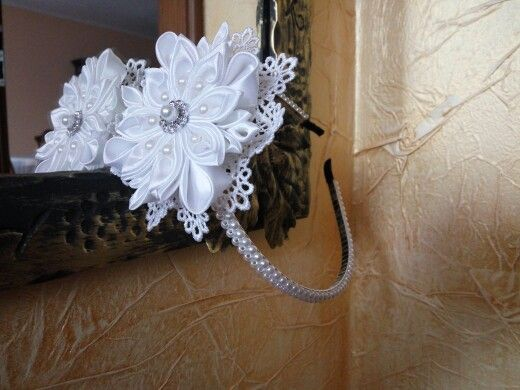 Kanzashi www.facebook.com/rekodzielo.dekoracje.upominki