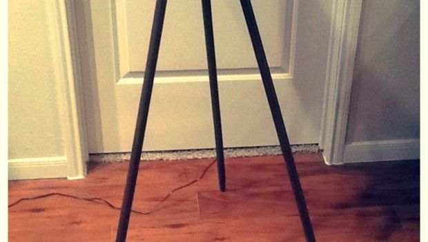 diy floor lamp base: Decor, Floor Lamps, Diy Furniture, Lights Diy, Floors Lamps, Lamps Ez, Lamps Based, Diy Floors, Weekend Diy