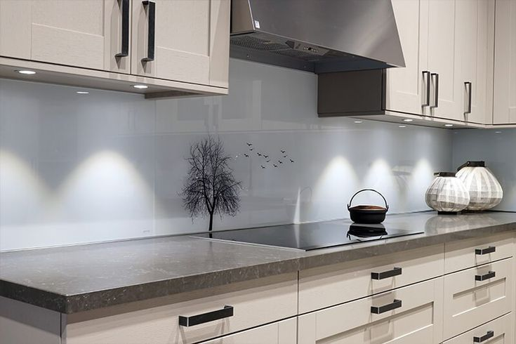 Digital print on glass, kitchen backsplash