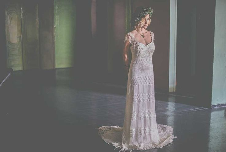 Like a #Greek #goddess  #wedding #dress #traditional #style #wreath #boho #bohemian