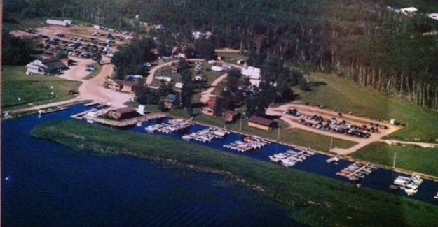 Young's Bay Resort - Resort located at the Northwest Angle on Lake of the Woods, Minnesota