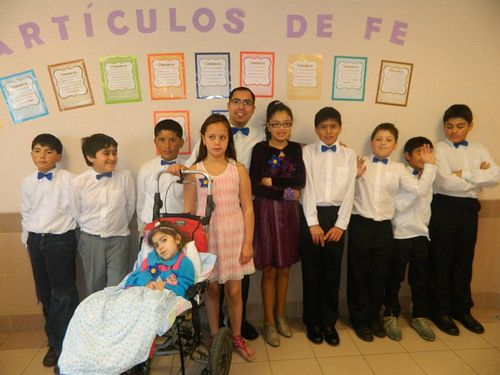 Foto: Sacramental Primaria 2013 - Barrio Cruz del Sur - Clase de Valientes  1°Foto: Graduación de Seminario 2011 - Tomada en la Estaca Talcahuano