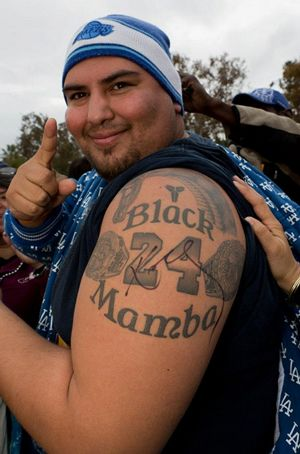 kobe-bryant-fan-tattoo.jpg (300×454)