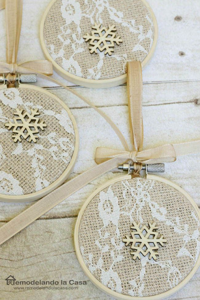 Easy Christmas Crafting - Embroidery hoop ornaments