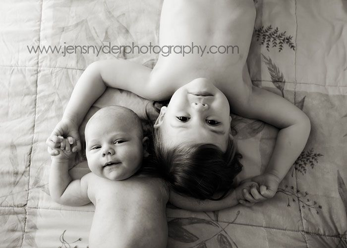 Google Image Result for http://cdn2.blogs.babble.com/babys-first-year-blog/files/25-adorable-baby-photo-props-photography-ideas/03.jpg