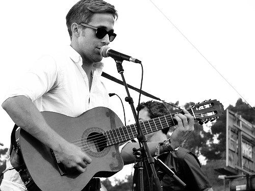 he even singsThis Man, Ryan Gosling, But, Ryangosling, Boys, Hot, Plays, Guitar, People