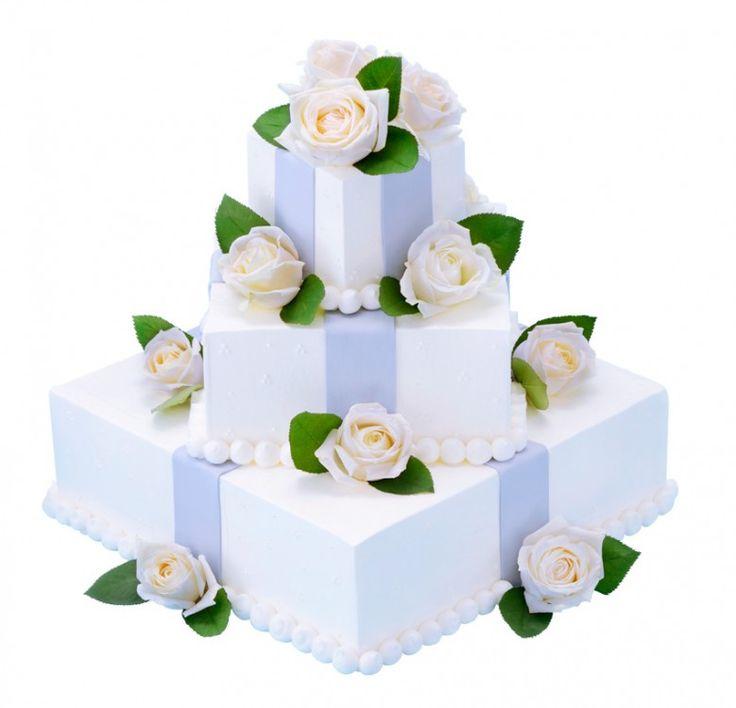 四角三段プレゼントボックス(スタンダード・ウェディングケーキ)正方形のショートケーキを重ねたベースにお砂糖(またはチョコレート)のリボンをかけ 生花を添えました。