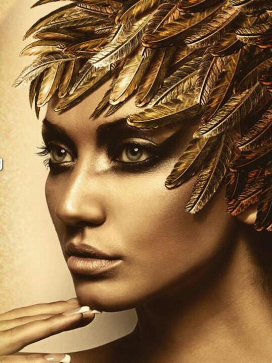 Lisi Cosmetics - Luxe