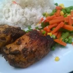 Honey and garlic slow cooker chicken @ allrecipes.co.uk