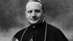 04 – A fines de 1944 fue designado nuncio apostólico en Francia, donde permaneció hasta 1953. Creado cardenal presbítero de S. Prisca en el consistorio de ese año, fue patriarca de Venecia hasta su elección como sumo pontífice en el cónclave de octubre de 1958.