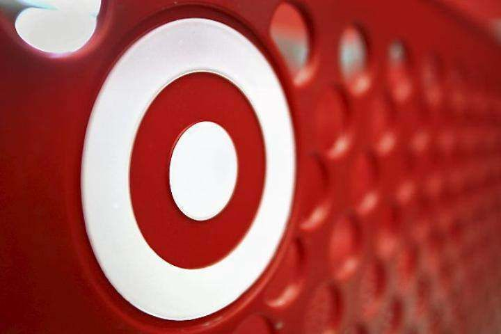 Target pulls plug on Canadian stores