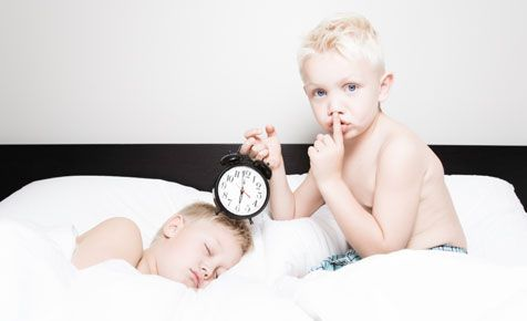 how to tell time... simple tips on how to teach children to tell the time~need to work on this with Hanna!