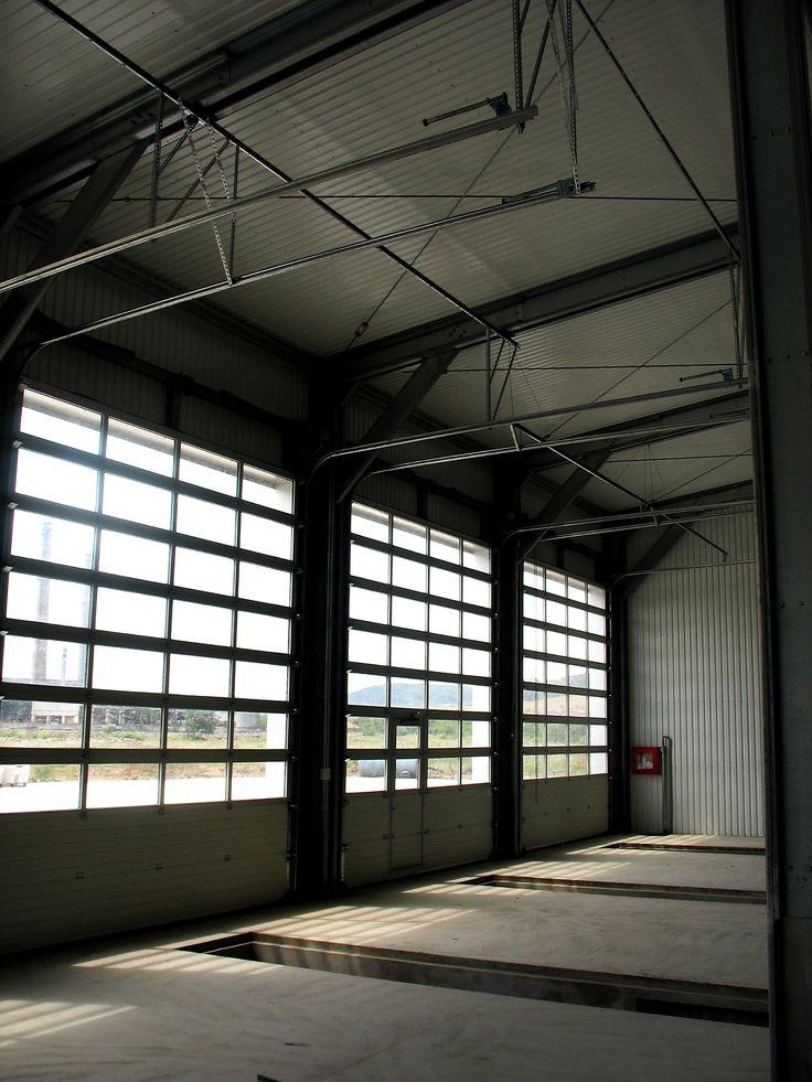 Producem usi sectionale industriale vitrate doorTECK®, produsele noastre se remarca prin calitate, fiabilitate si rezistenta in timp. Contacteaza-ne.