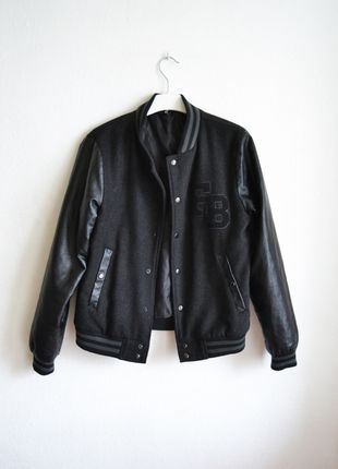 varsity czarna skórzana skórzane rękawy baseballówka bejsbolówka baseballówka bluza kurtka