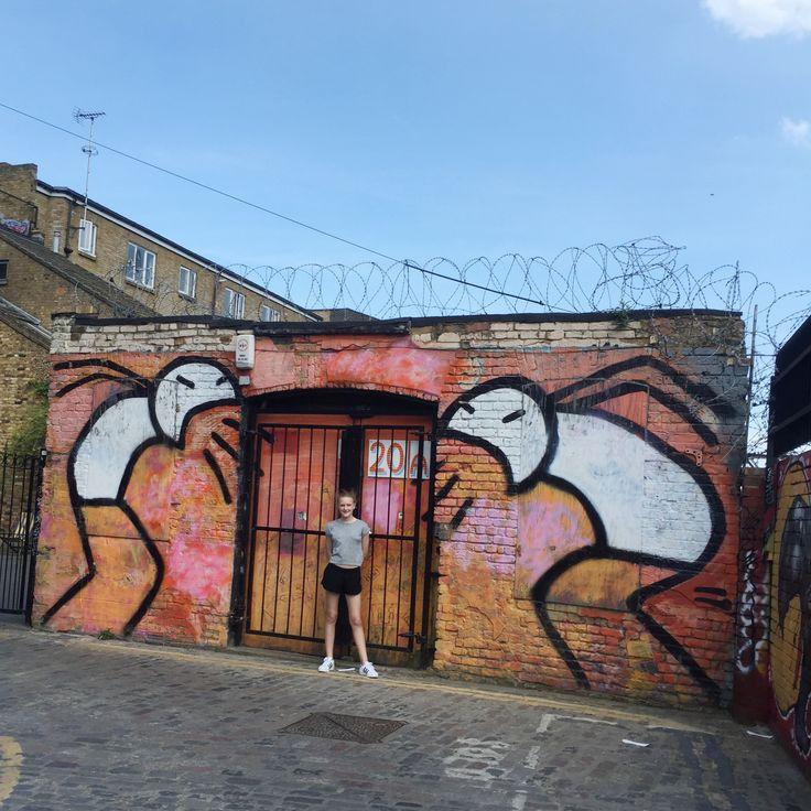 Shoreditch Street Art by Stik  From the PaintSewGlueChew instagram feed.