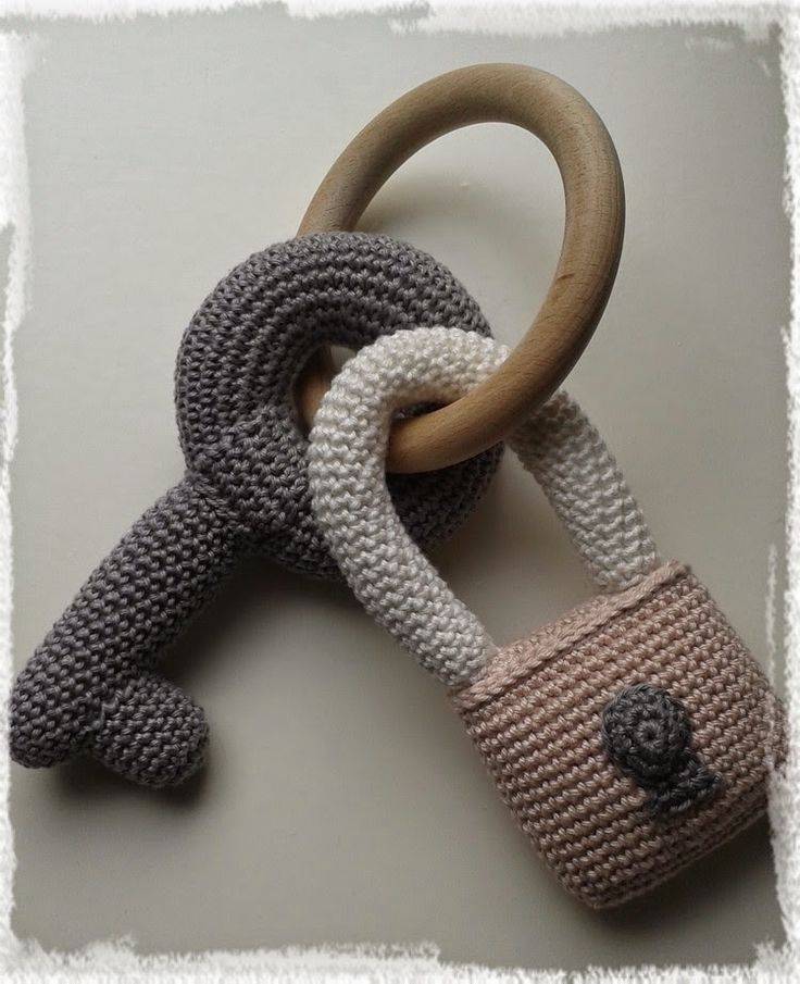Crochet Keys ❥ 4U hilariafina  http://www.pinterest.com/hilariafina/