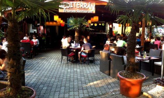 """Mediterrán Étterem/ Mediterran Restaurant _____________________________ """"Mediterrán stílusú, kellemes hangulatos étterem és koktél bár, amely 11 éve várja minden kedves régi és új vendégét kellemes környezetben, hatalmas adagokkal, ízletes limonádékkal és szenzációs koktélokkal."""""""