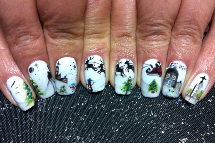 @Laura Lawrence #winner #christmas #nailart #competition #2013 #glitter #leopard #print #nail #art #ilovenails #gelnails #biosculpturegel #design #nailart #magic #festive #scene #reindeer #santa #xmasnails