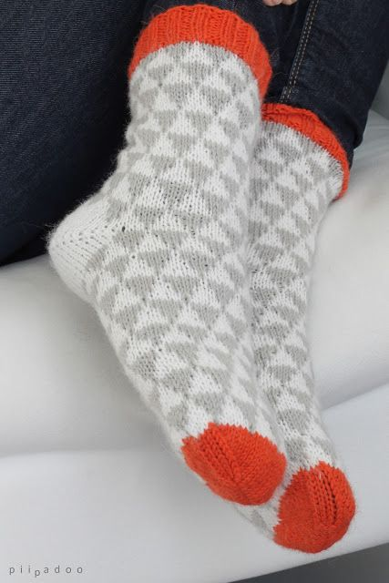 shifty triangles socks