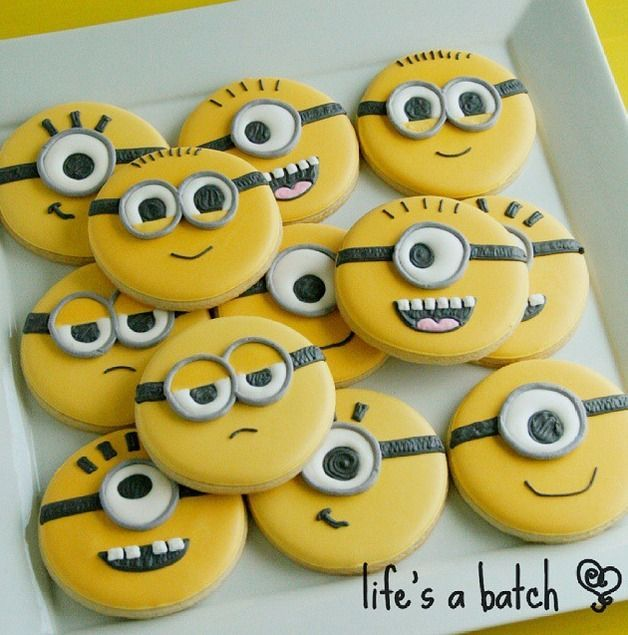 Minion Cookies Decorated Cookies Pinterest Minion